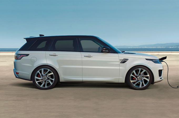 一辆豪华SUV:揽胜在阿鲁巴岛